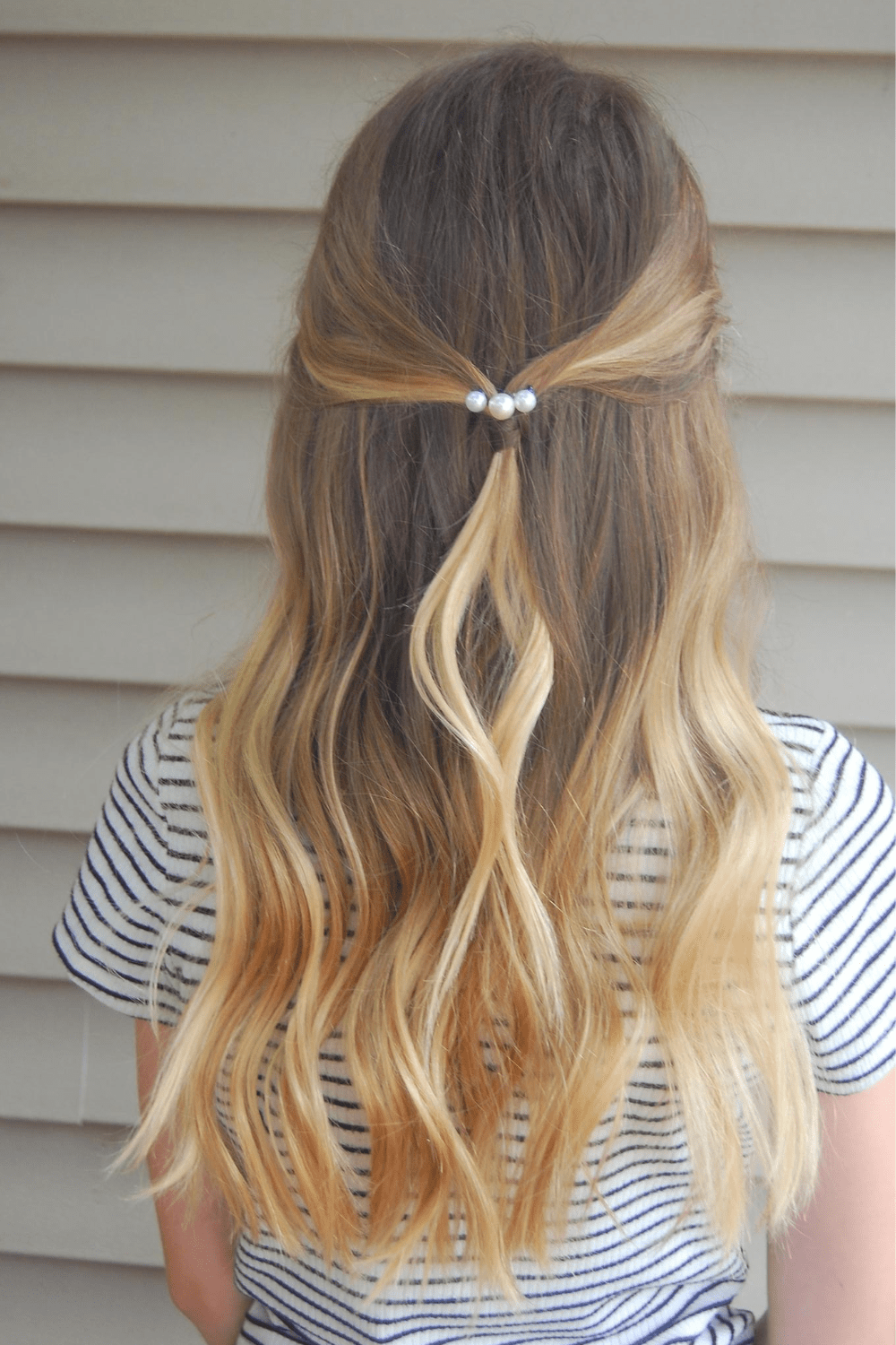 Hairstyle with pearl bobby pins